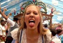 Октоберфест, веселая девушка