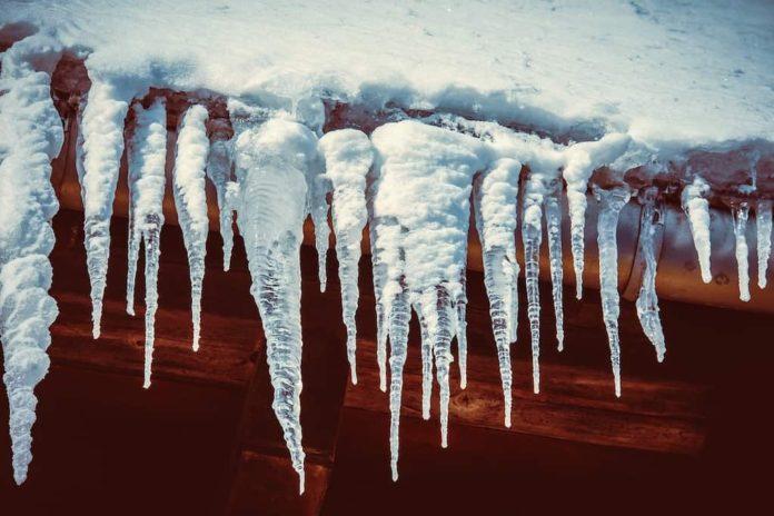 Сосульки, оттепель, зима, весна