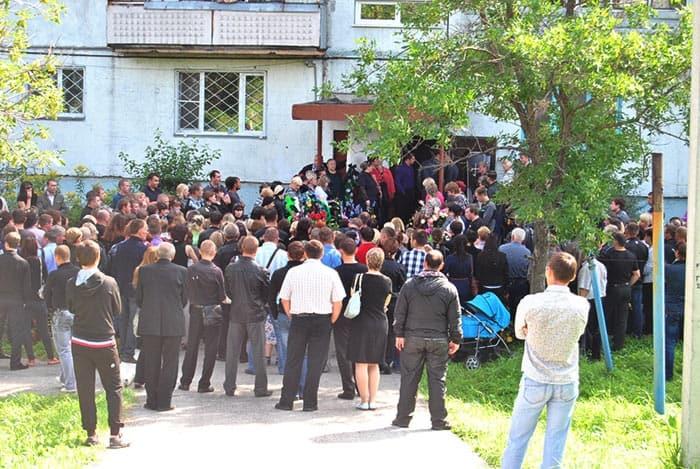 Похороны Кати Мочаловой, Белово, 2013