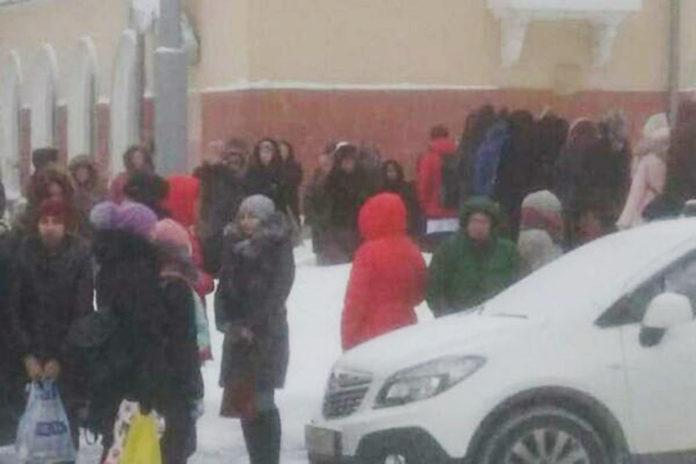 28 января в Кемерове эвакуировали соцобъекты из-за угрозы взрыва