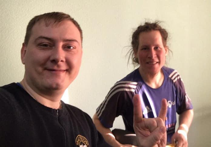 Иностранный велопутешественник едет на Байкал через Кузбасс, Белово