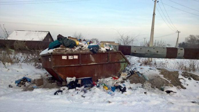 В Белове из частного сектора не вывозят мусор