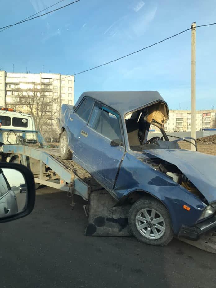 ДТП в Белово, 3-й микрорайон, 14 марта 2019 г, намотался на столб
