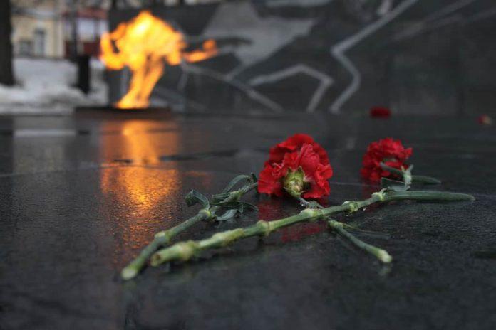 Вечный огонь, День Победы, память