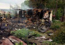 Двое человек погибли в пожаре в селе Менчереп, 1 июля 2019 г
