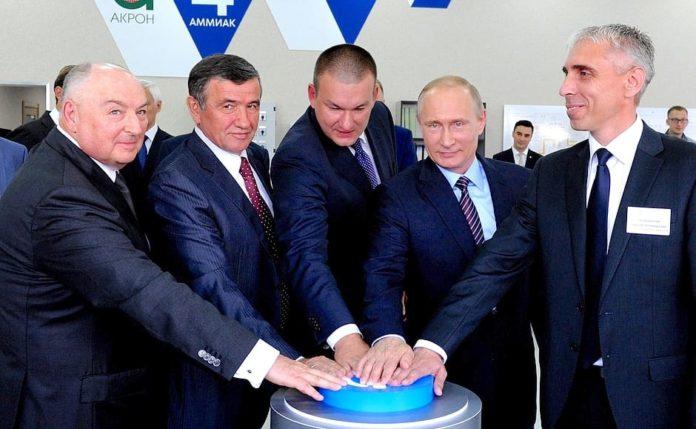 Владимир Путин и Вячеслав Моше Кантор