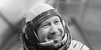 Алексей Леонов, летчик-космонавт