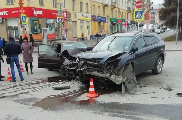 ДТП Белово, пересечение улиц Юбилейной и Ленина, 8 ноября 2019 г