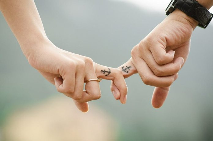 Любовь, руки