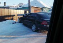 ДТП Белово. В Старо-Белово Мерседес врезался в бетонный столб, 1 декабря 2019 г