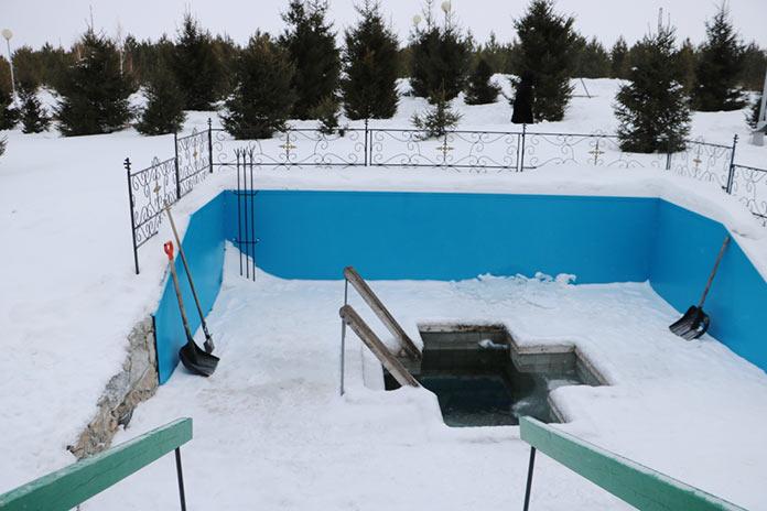 Крещенские купания на источнике Серафима Саровского