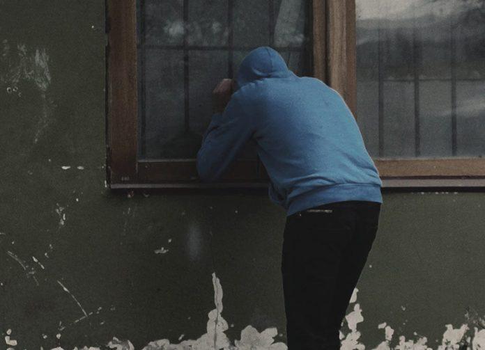 Окно, вор, грабитель