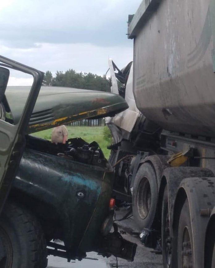 Два грузовика столкнулись в Беловском районе, задержан беглый преступник, 30 мая 2020 г