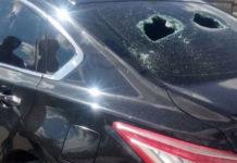 В Белове пьяный мужик напал с топором на иномарку
