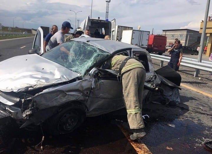 ДТП Белово. Рено-Логан врезался в бетонные опоры, 12 августа 2020 г