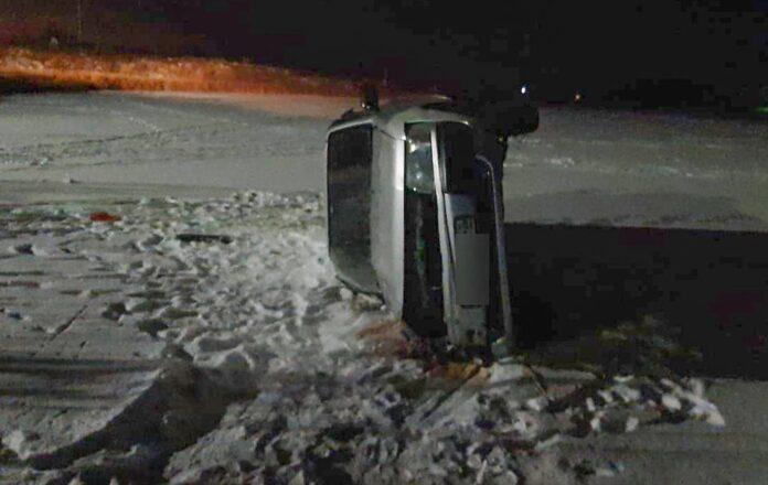 ДТП Белово. Иномарка перевернулась в селе Поморцево в Беловском районе, 7 декабря 2020 г