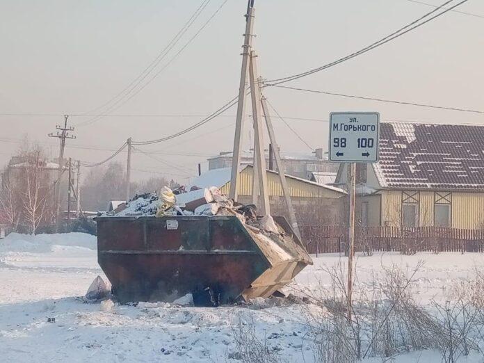 В Белове не вывозят мусор