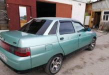 ВАЗ2110 бирюзового цвета