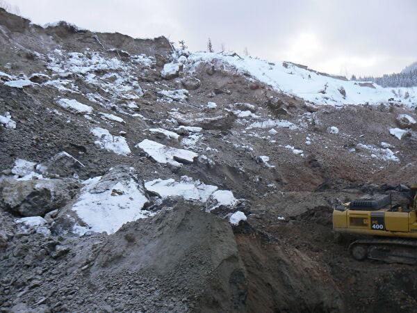 На шахте в Беловском районе из-за обрушения породы погиб экскаваторщик