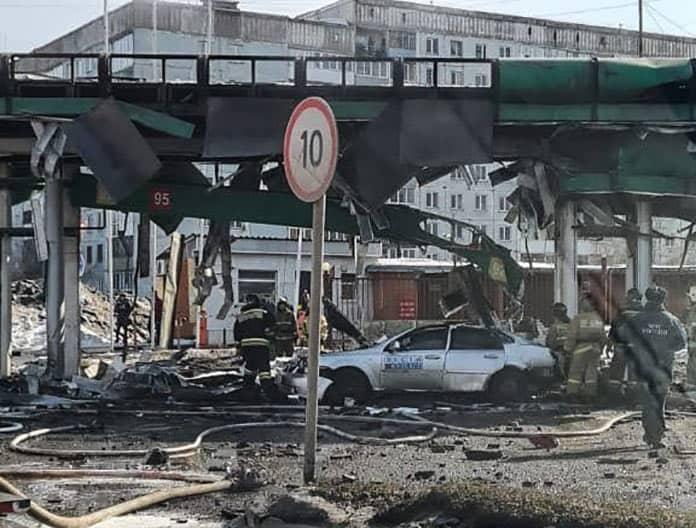 В центре Новокузнецка взорвалась автозаправка, 22 марта 2021 г